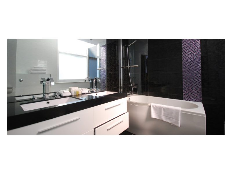 Modern-Bathroom-7